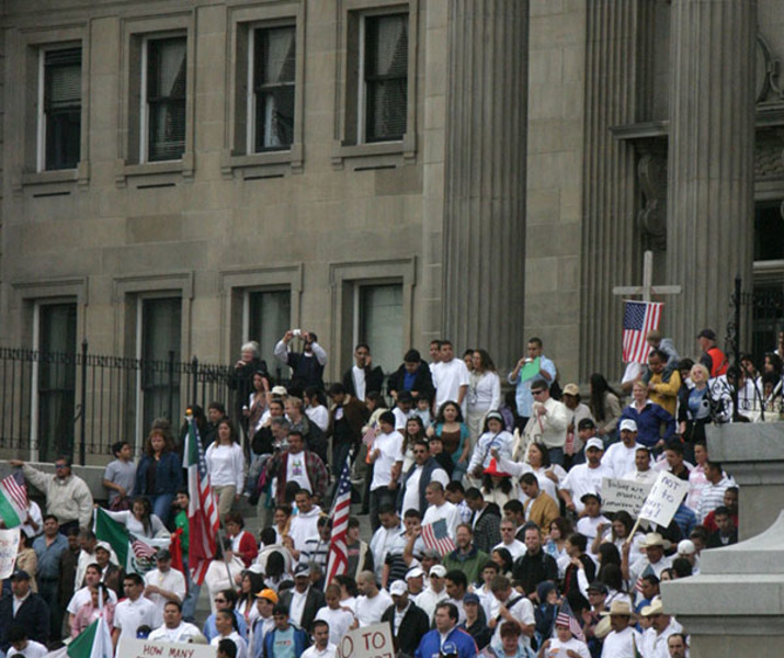 5x6 180dpi immigrant rally statehouse steps 9475