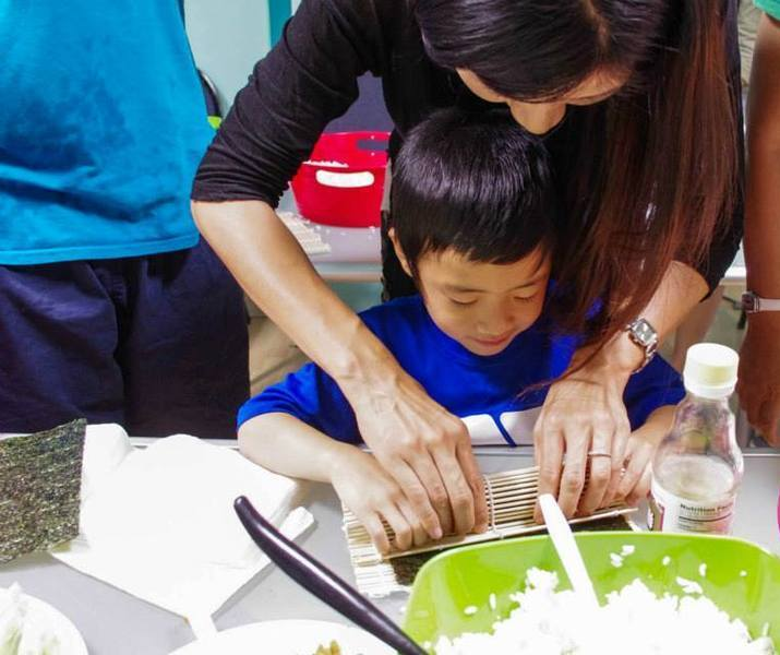 Chinese parenting cooking and storytelling2
